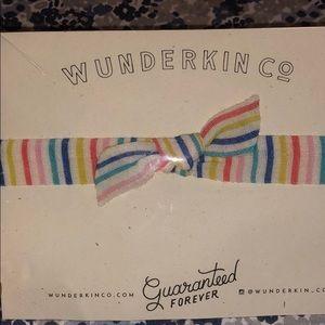 Wunderkin Ampersand Collab Retro Knot Bow Medium